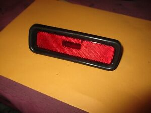 OEM 89-98 SUZUKI SIDEKICK GEO TRACKER VITARA RIGHT REAR SIDE MARKER LIGHT LENS