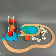 2009 Thomas Train Gullane Limited Plastic Wooden Track 18 Piece Toy Lot