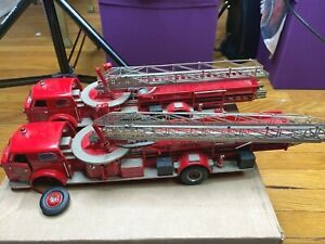 TWO Franklin Mint 1954 American LaFrance Fire Engines *READ CONDITION* 1:32