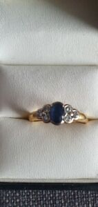 18 ct gold diamond and sapphire ring
