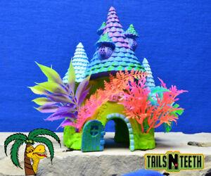 "Marina iGlo Fantasy House 8"" (20cm) Aquarium Ornament - Glows Under Blue LEDs"