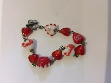 Red and white heart beaded chain link bracelet