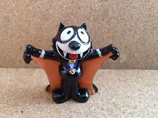WADE-Felix Dracula Orange Cloak 6 Cm High