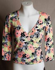 Juniors Energie Floral Multicolor Print ¾ Sleeve Wrap Sports Top Size M