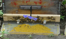 2Pcs Practical 4 Rows  Wood  Beehive Wire Pollen Traps Free Shipping
