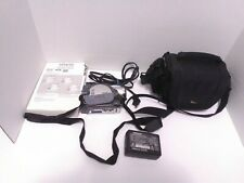 Hitachi DZ-BX35A DVD Camcorder w/ Charger, 2 Batteries. Power Cords, Carry Bag