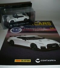 Nissan GT-R Nismo 2017 1:43 Diecast Car in White + Magazine by Panini