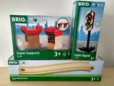 BRIO Ascending tracks 33332- Light Signal 33743 - Stackable Super Supports 33254