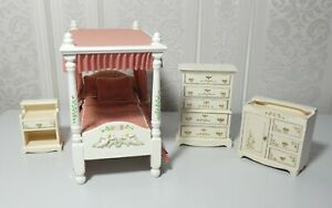 ARTISAN MADE WHITE HAND PAINTED GEORGIAN BEDROOM SET 1:12th SCALE
