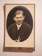 Steyr - junger Mann im Anzug - Portrait / CDV