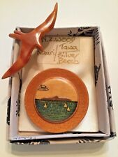 Vintage Jewellery 2 Handmade Wood Brooches - Bird/Scene - New Zealand - A&M Cook