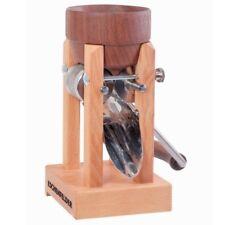 Eschenfelder Kornquetsche Tischmodell Trichter aus Nußbaum + Abdeckhaube