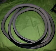 2004 2005 2006 2007 2008 2009 CADILLAC SRX RIGHT FRONT DOOR WEATHER STRIP