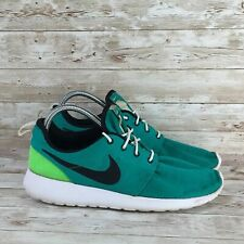 Nike Roshe One Mens Size 9.5 Green Athletic Comfort Walking Running Shoes