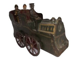 1890's Dayton Clark Hillclimber Toy Auto Car Taxi w Driver 2 Passengers Figures