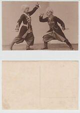 La Russia O. ucraina, Cosacchi durante il coltello danza, Cossak Dancer RPPC per foto 1930