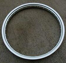 Cerclage Morad Spain aluminium 17x3.50 3CD chromé trous petite rayure