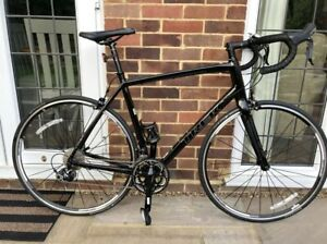 Trek Madone Racing Bike. Large 58cm. Showroom!