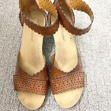 Pre-owned Women's Pierre Dumas Brown Sandals Size 10