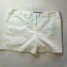 Worthington Womans Shorts Size 14 White Modern Fit NWT