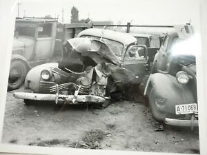 """1940s Vehicle Crime scene Death Car with Unusual Roof Top Antenna 8"""" x 10"""""""