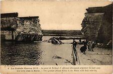 CPA Militaire, Au pont de Trilport 2 officiers allemands se jettent (278899)