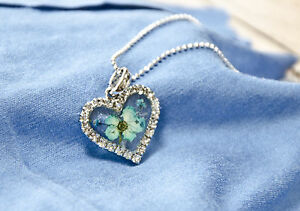 HAND MADE JEWELLERY, REAL FLOWERS  PENDANT (HEART))
