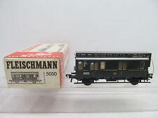 MES-47077Fleischmann 5050 H0 Postwagen 1117 mit minimale Gebrauchsspuren,