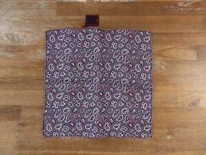 ISAIA Napoli gray paisley motif silk pocket square authentic - NWT