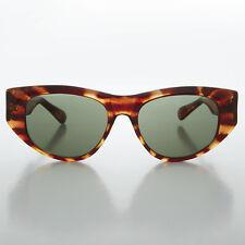 Brown Cat Eye Vintage Unisex Sunglass  - Marion Crane