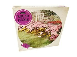 """Vintage 1966 Whitman Round Guild """"Gardens"""" Jigsaw Puzzle 650 Pcs 23 Inches 4653"""