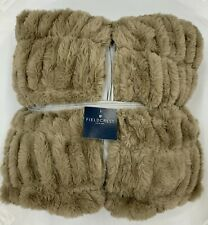 Oversized throw Blanket Very soft like fur. 60in X 86in