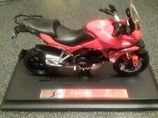 1/18 1:18/plastique moulé sous pression ducati multistrada 1200S rouge moto neuf