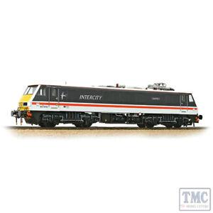 32-610 Bachmann OO Gauge Class 90 90005 'Financial Times' BR InterCity Swallow