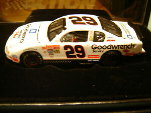 KEVIN HARVICK #29 GM GOODWRENCH BLACK NUMBERS 2001 Action RCCA ELITE 1/64 NEW