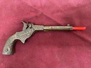 STEVENS 1890 DIXIE CAST IRON CAP GUN RARE AND IN GOOD CONDITION