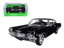 Welly 1/24 1965 Chevrolet Impala SS 396 Diecast Model Car Black (22417)