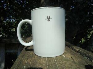 AMERICAN AIRLINES CERAMIC COFFEE MUG