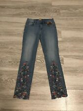 Free People Driftwood Embroidered Jeans Audrey Style Size 26