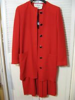 Chloé  VINTAGE RED WOOL SUIT  JACKET-40  SKIRT-38.   MADE IN FRANCE