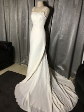 Ivory size 8 Bridal Wedding Gown in Crepe NWT