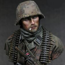 1/10 Young Miniatures WWII German Waffen SS Ardennes 1944 Soldier Resin Bust kit