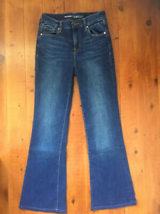 OLD NAVY Flare Jeans Size 8/10 *NEW*