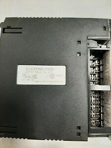 GE FANUC IC693MDL940C Modulo 16 uscite rele 2A