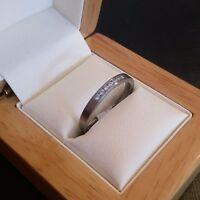 **REDUCED** Ladies Titanium Ring With Genuine Natural Diamonds - Size M