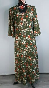 Green Floral Dress Tie Back Belt Bell Type Sleeve Size 12 by Next Christmas