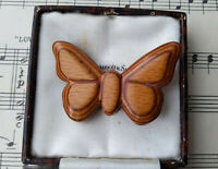VINTAGE 1960s CARVED WOOD BUTTERFLY BROOCH PIN HIPPY UNIQUE BEAUTIFUL GIFT