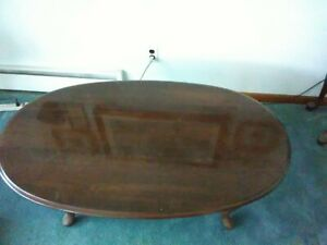 Coffee Table and Two End Table Set    ( 3Pieces ) Cherry Wood