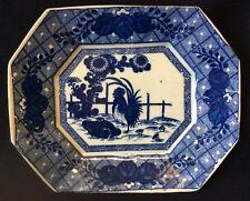 Chine ou Vietnam plat porcelaine blanc bleu Coq Poule poussin Milieu XXe