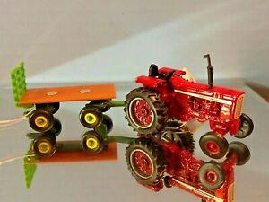 Case International Agriculture, Farmall, IH, Harvester New, Farm Toy Set 816919